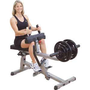 Calf seduto: polpacci duri e forti