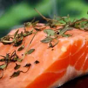 Mangiare salmone fa bene?