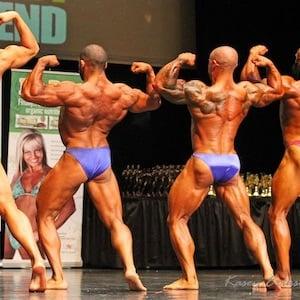 Tutte le pose del bodybuilding